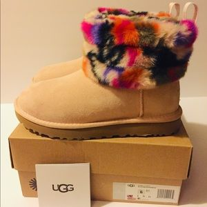UGG Classic Mini Fluff Quilted Boots Womens Size 6
